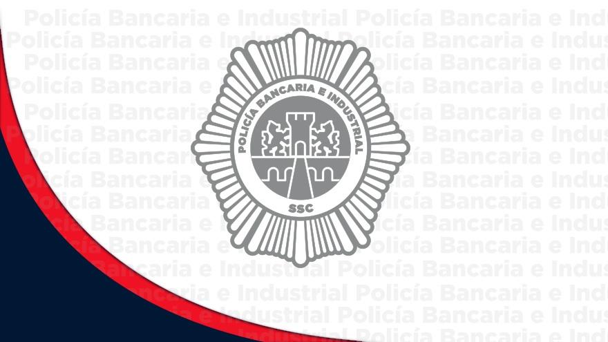 Policías Bancarios apoyan con maniobras para rescatar cuerpo en la estación Chabacano del STC-Metro
