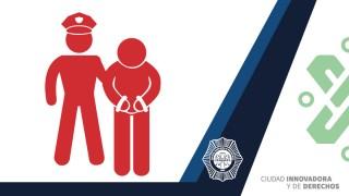 Tras una denuncia ciudadana oficiales de la PBI-SSC detuvieron a cuatro personas posiblemente relacionadas con la venta de narcóticos, en Benito Juárez